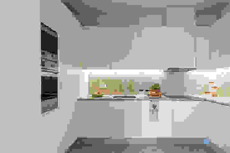 Hoost - Home Staging CocinaMesadas de cocina