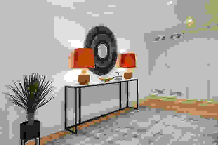 Hoost - Home Staging Vestíbulos, pasillos y escalerasAccesorios y decoración