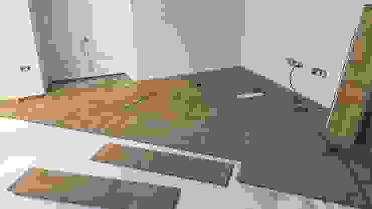 Dormitorio secundario Ana Cabo Paredes y suelosRevestimientos de paredes y suelos Madera Blanco