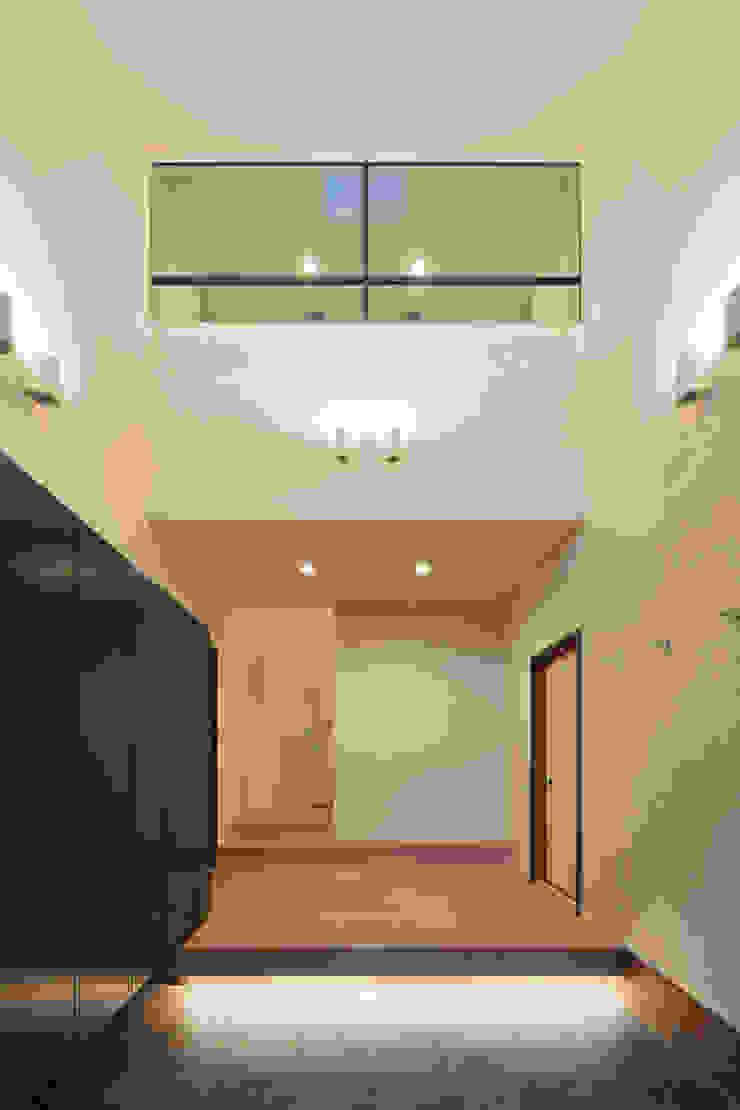 環アソシエイツ・高岸設計室 Couloir, entrée, escaliers asiatiques