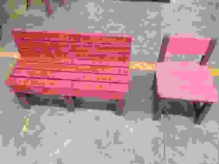 Sillas individuales y mobiliario de cualquier tipo como camastros pueden hacerse con nuestras tablas de plastiadera de Tek Products Monterrey Moderno Plástico