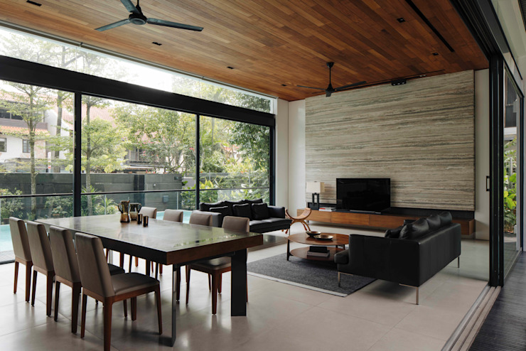 Sunset House Tropical style living room by ming architects Tropical