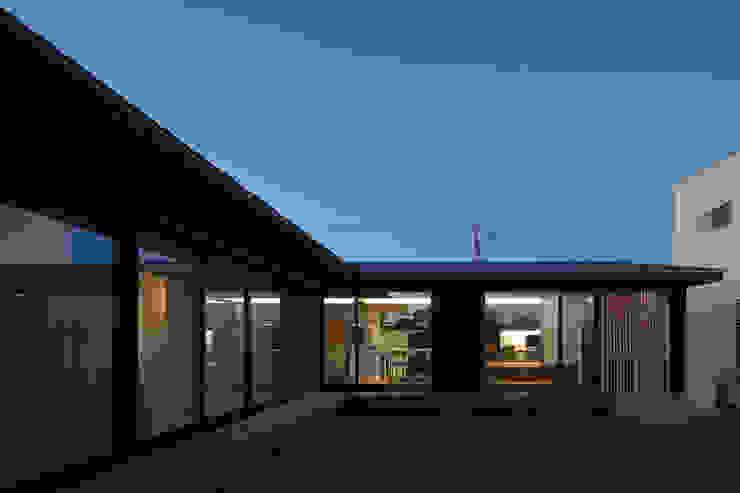根來宏典建築研究所 บ้านไม้ ไม้ Black