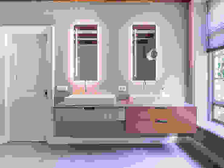 RESIDENTIAL | BATHROOM STOOFF INTERIOR PROJECTS Moderne badkamers