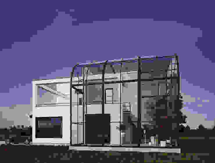InScale Minimal style conservatory
