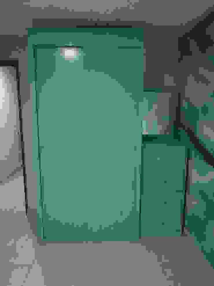 Pablo´S BedroomWardrobes & closets Kayu Blue
