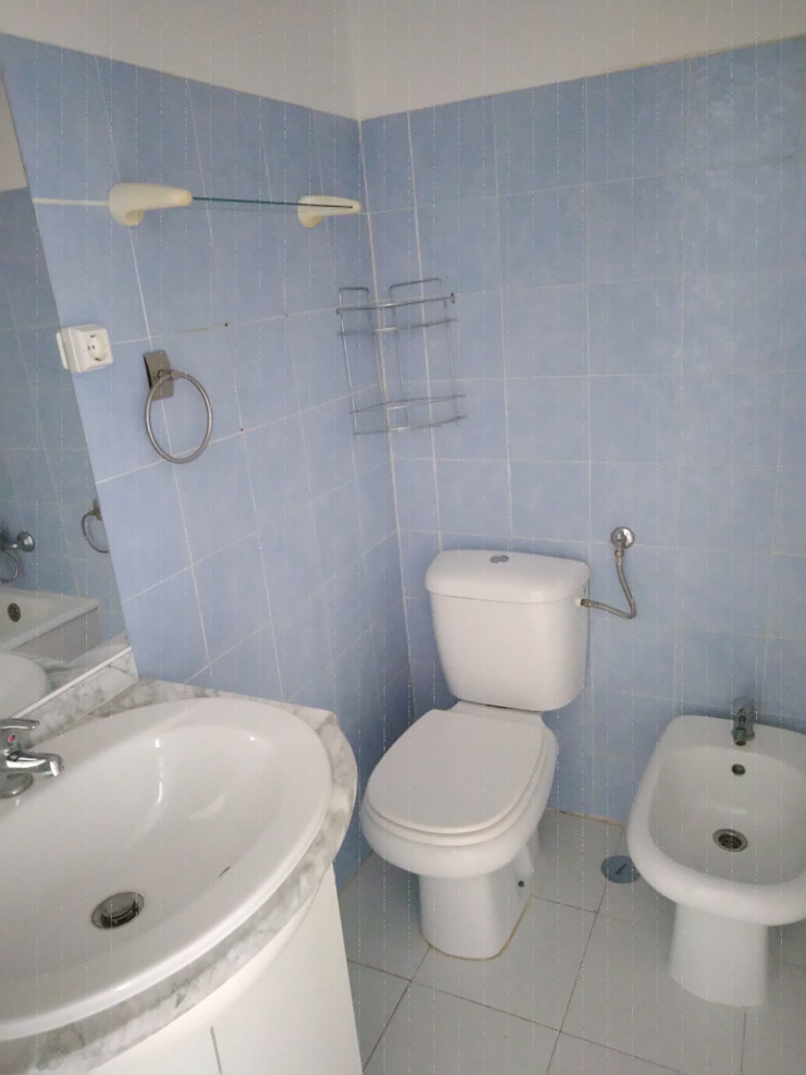 aspecto da casa de banho antes da intervenção IIP - Reabilitação e Construção