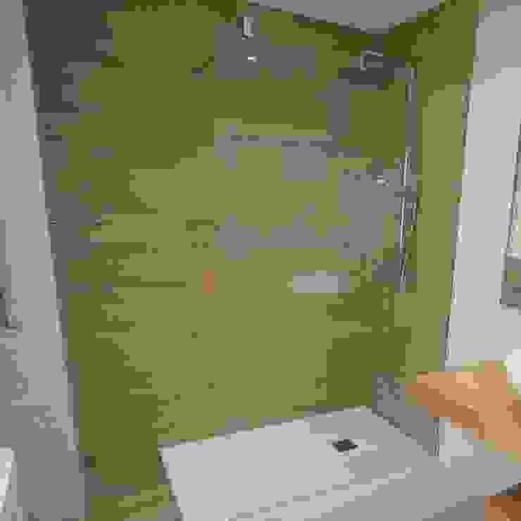 Reformaplus Modern style bathrooms Ceramic Brown
