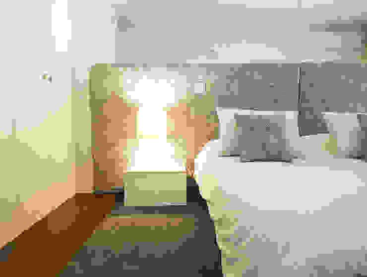 Cama Benedita - 5800€ por MIA arquitetos Moderno