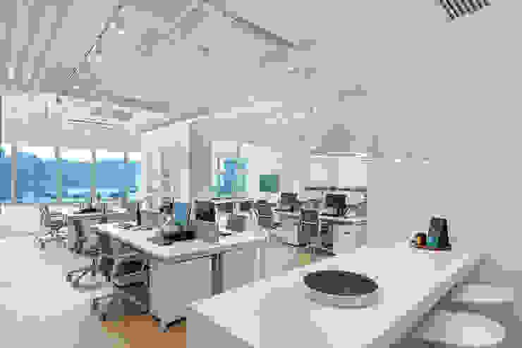 Grande Interior Design Oficinas y Comercios