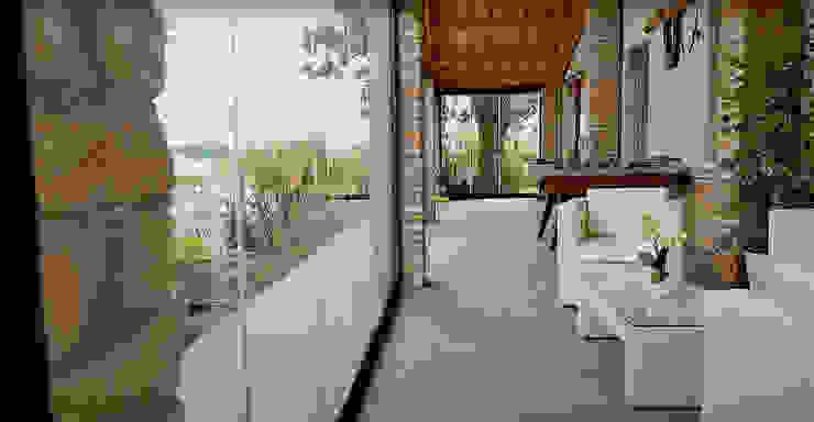 Ante vetrate per terrazzi, portici e balconi New Time S.p.A. Balcone, Veranda & Terrazza in stile moderno Vetro