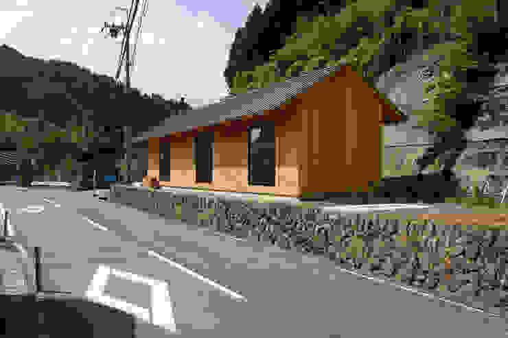 京北の家/house of keihoku STUDIO RAKKORA ARCHITECTS モダンな 家