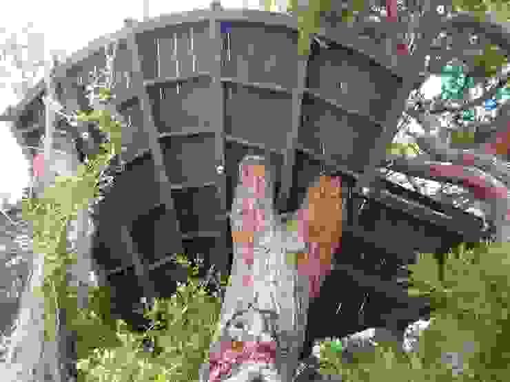 Il Legno Lamellare Curvo - Terrazza Parco Teresio Olivelli Sullalbero Balcone, Veranda & Terrazza in stile moderno Legno