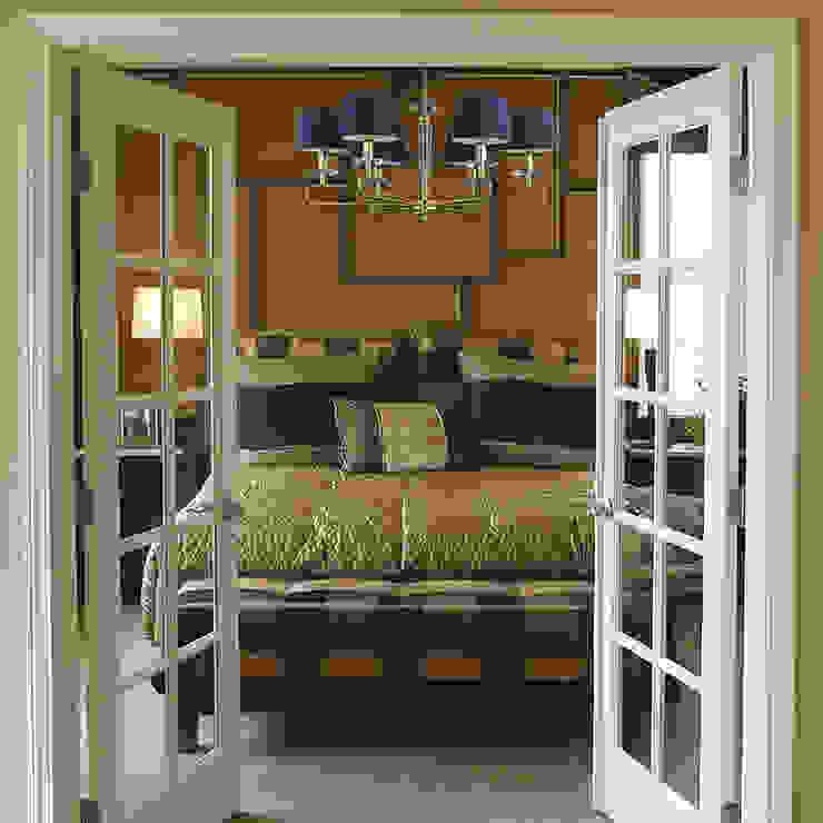 Bespoke Lighting DALILA Crystal Chandelier 6 Light In Gold With Blue Lamp Shades Luxury Chandelier LTD BedroomLighting Perunggu Amber/Gold