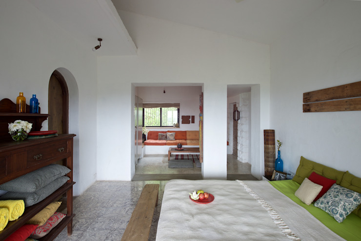 Bedroom upper level Mediterranean style houses by Ashleys Mediterranean