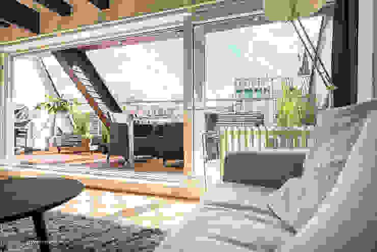 Kunibertviertel – Köln Immotionelles Balkon, Veranda & Terrasse im Landhausstil