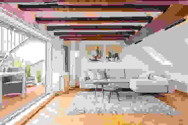 Kunibertviertel – Köln Wohnzimmer im Landhausstil von Immotionelles Landhaus