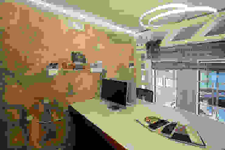 Tecnica decorativa CALCE CRUDA Studio in stile classico di viemme61 Classico