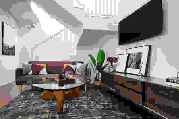 Helsinki Loft Mr Shopper Studio Pte Ltd Country style living room