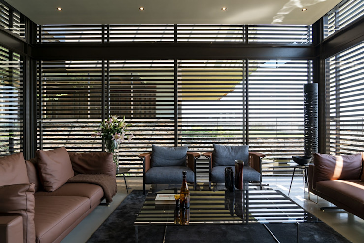Mooikloof Heights Nico Van Der Meulen Architects Modern living room