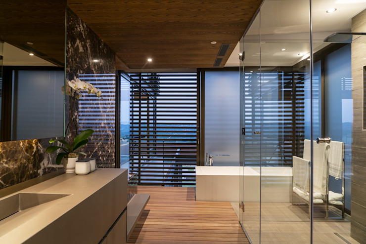 Mooikloof Heights Nico Van Der Meulen Architects Modern bathroom