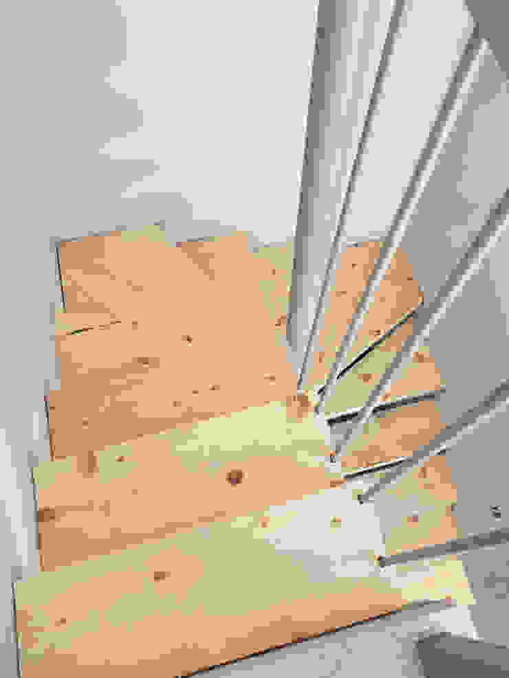 Taller Onze Scale Legno massello Effetto legno