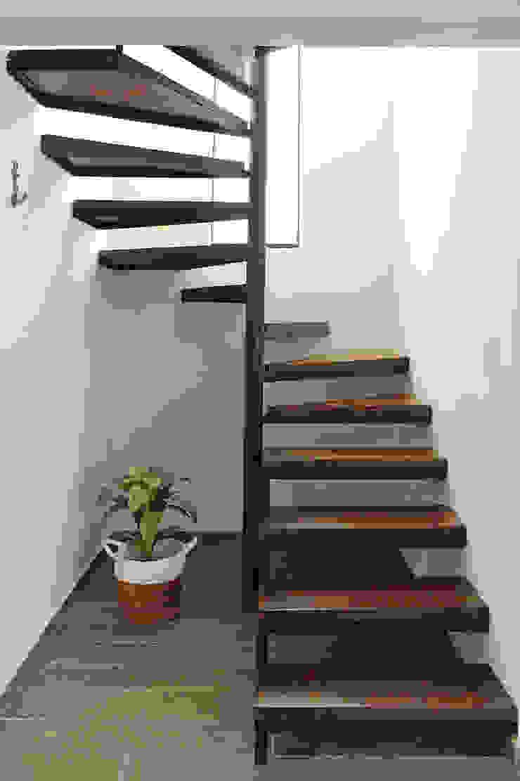 Taller Onze Escaleras