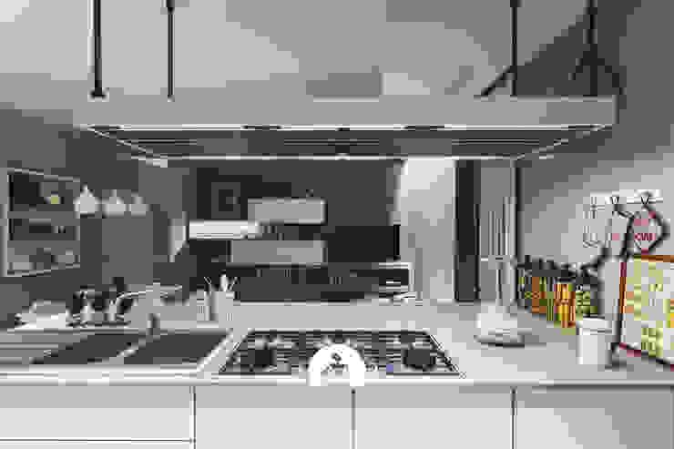 Spazio - Ristrutturazioni Built-in kitchens Beige
