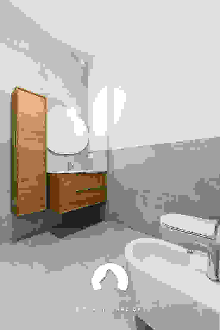 Spazio - Ristrutturazioni Minimalist style bathroom