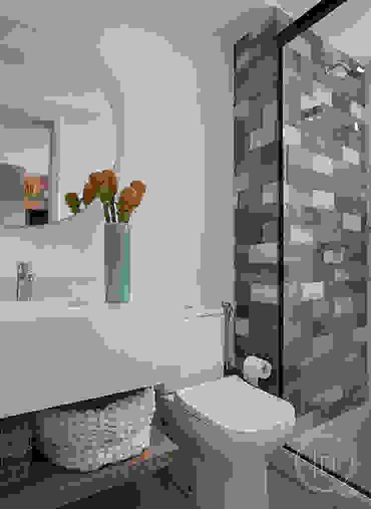 fpr Studio BathroomStorage White