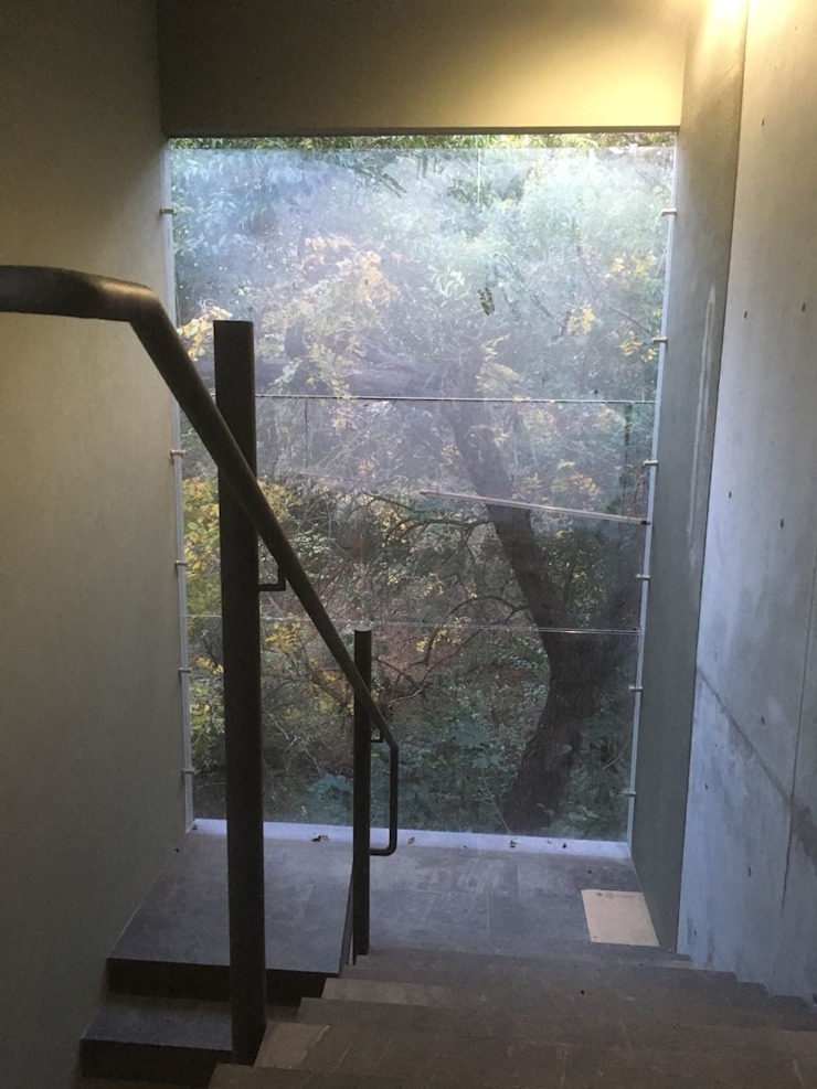 c05 herrería Stairs Metal Grey
