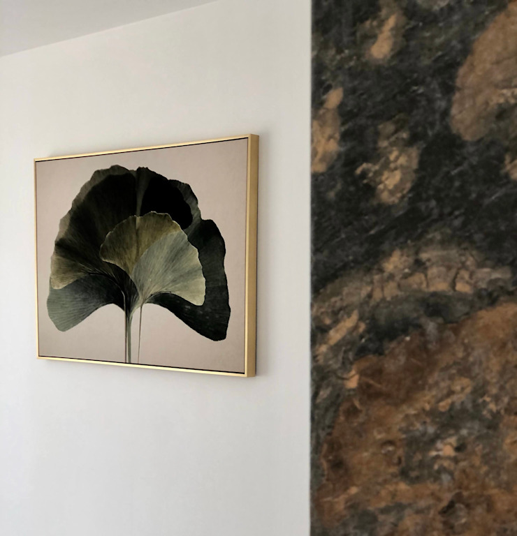 Alejandra Zavala P. ArtworkPictures & paintings Glass Amber/Gold