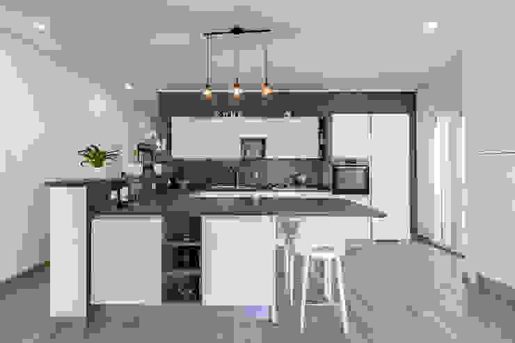 Caleidoscopio Architettura Modern Kitchen White
