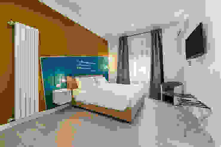 Stanza da letto_dopo Camera da letto moderna di antonio felicetti architettura & interior design Moderno