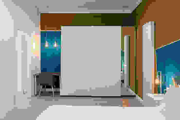 Stanza da letto 2 _dopo Camera da letto moderna di antonio felicetti architettura & interior design Moderno