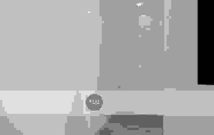 Moradia Pré-Fabricada Closets minimalistas por FLGarciaDesign Minimalista