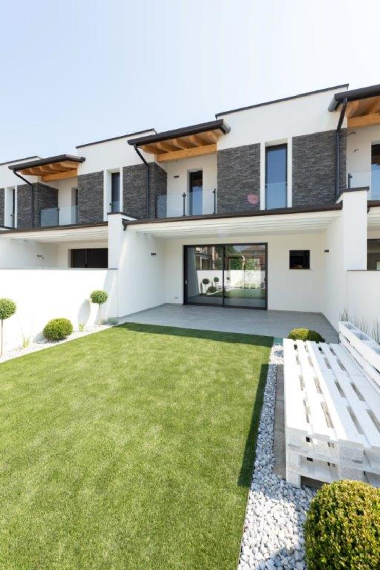 2P COSTRUZIONI srl Terrace house