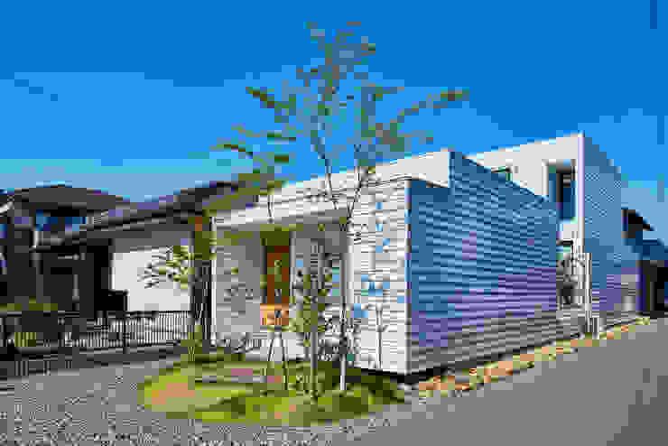 細長敷地の家 murase mitsuru atelier モダンな 家