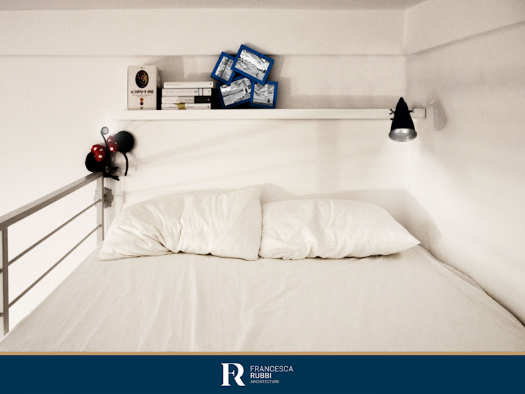 Dettaglio soppalco - secondo letto Francesca Rubbi Architecture Camera da letto piccola Legno Bianco