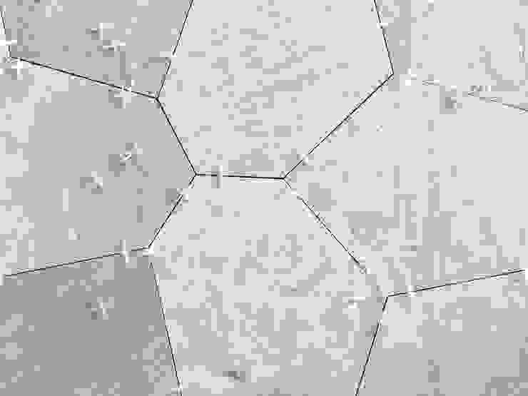 Marble flooring Hotel moderni di ROMAZZINO C.S. SERVICE SRL Moderno