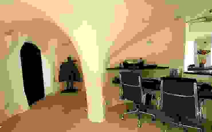 Studio Studio moderno di ROMAZZINO C.S. SERVICE SRL Moderno