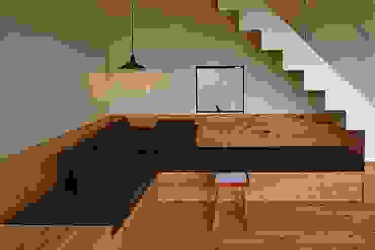 House in Mutsuzaki Mimasis Design/ミメイシス デザイン リビングルームソファー&アームチェア