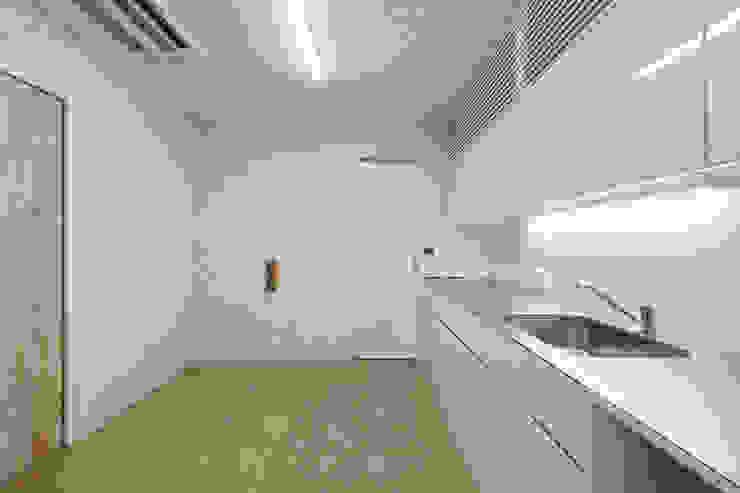 設計事務所アーキプレイス Office spaces & stores White
