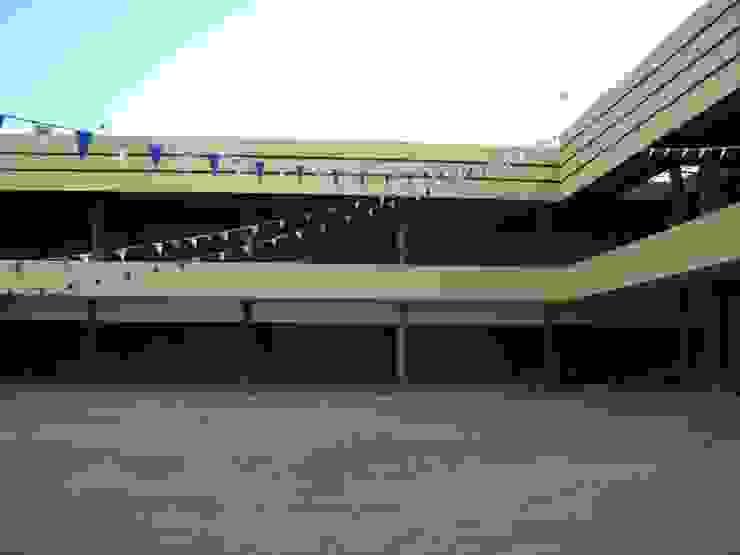 Desarrolladora JAN de México S.A. de C.V. Study/office Iron/Steel