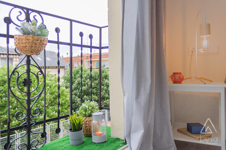 Home Staging apartamento alquiler turístico, Puerta del Angel 2, Madrid Byta Espacios Dormitorios de estilo escandinavo