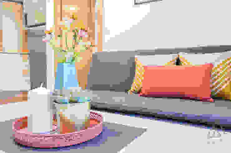 Home staging apartamento en venta, Plaza Mayor, Madrid Byta Espacios Salones de estilo moderno