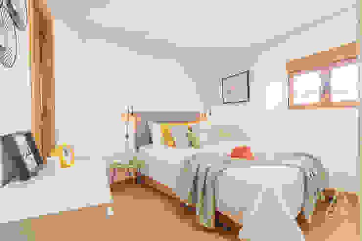 Home staging apartamento en venta, Plaza Mayor, Madrid Byta Espacios Dormitorios de estilo moderno