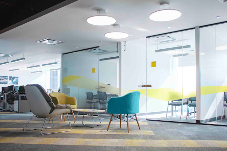 In Out Arquitectura Offices & stores Glass Yellow