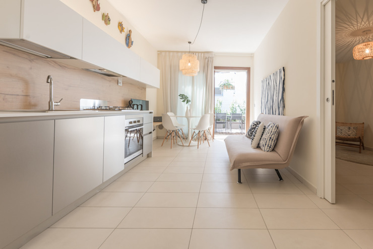 Mirna Casadei Home Staging 廚房儲櫃