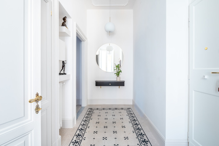 Ingresso Archifacturing Ingresso, Corridoio & Scale in stile classico Marmo Bianco